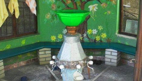 Palanka Česma Palanka se nalazi u naselju Bukreš, a nastala je kad i džamija u njenoj blizini - u 16. veku. Voda sa ove česme služila je za piće, ali i za uzimanje abdesta. Česma Palanka je pretrpela više obnova i prepravki, tako da je prvobitni oblik potpuno izgubila, izgubila je autentičnost, pa izgleda kao sasvim nova.