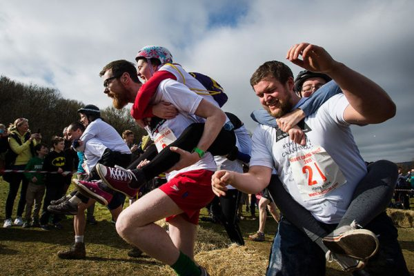 Wife_Carrying__bea_3224115k