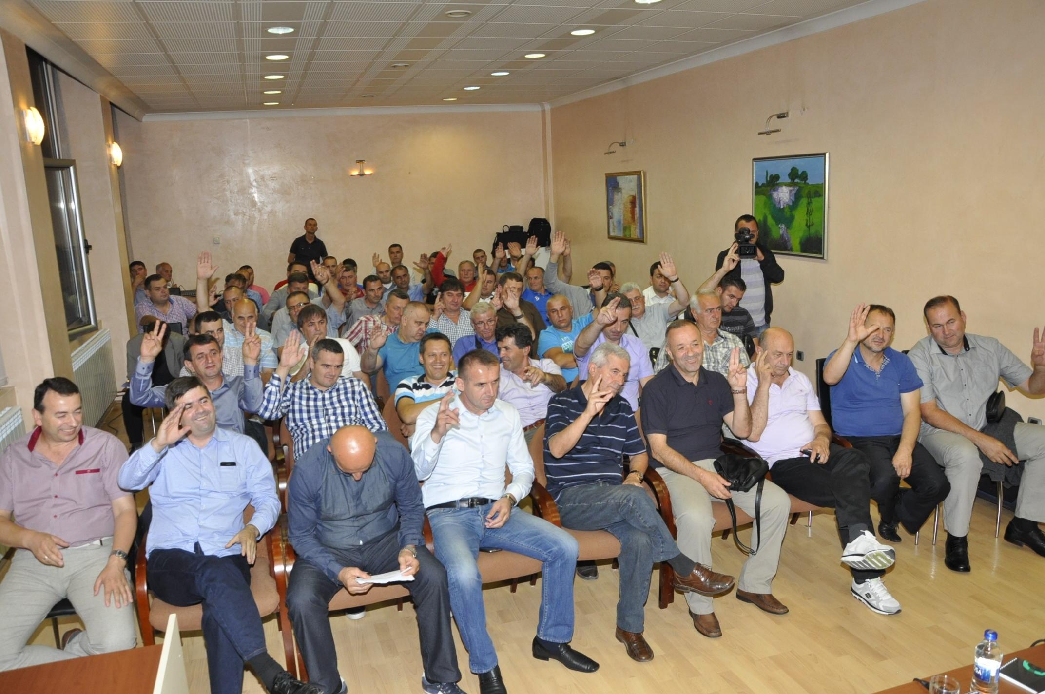 Smenjeno rukovodstvo FK Novi Pazar! Novo rukovodstvo obećava stabilan klub