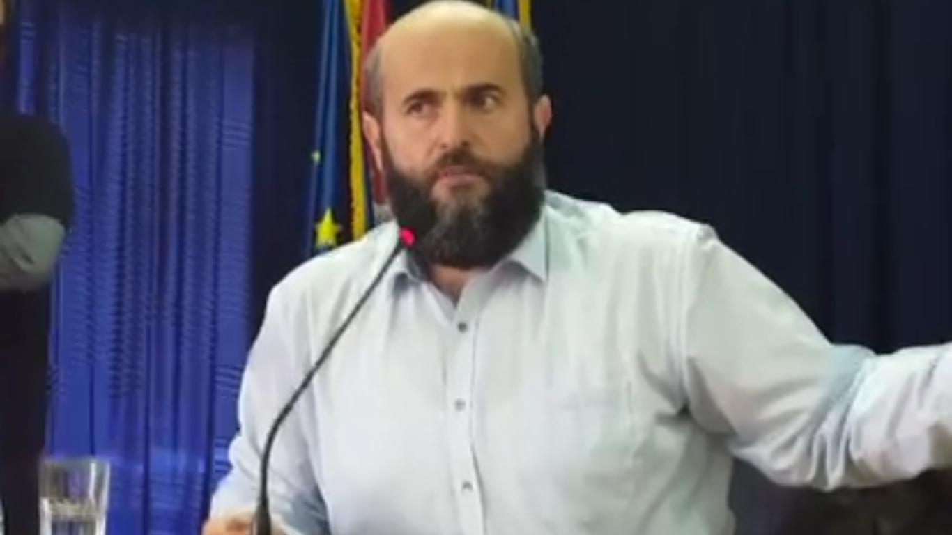 Zukorlić na svom Univerzitetu: Neću da se kačim sa Vučićem ovo su uradili dru...