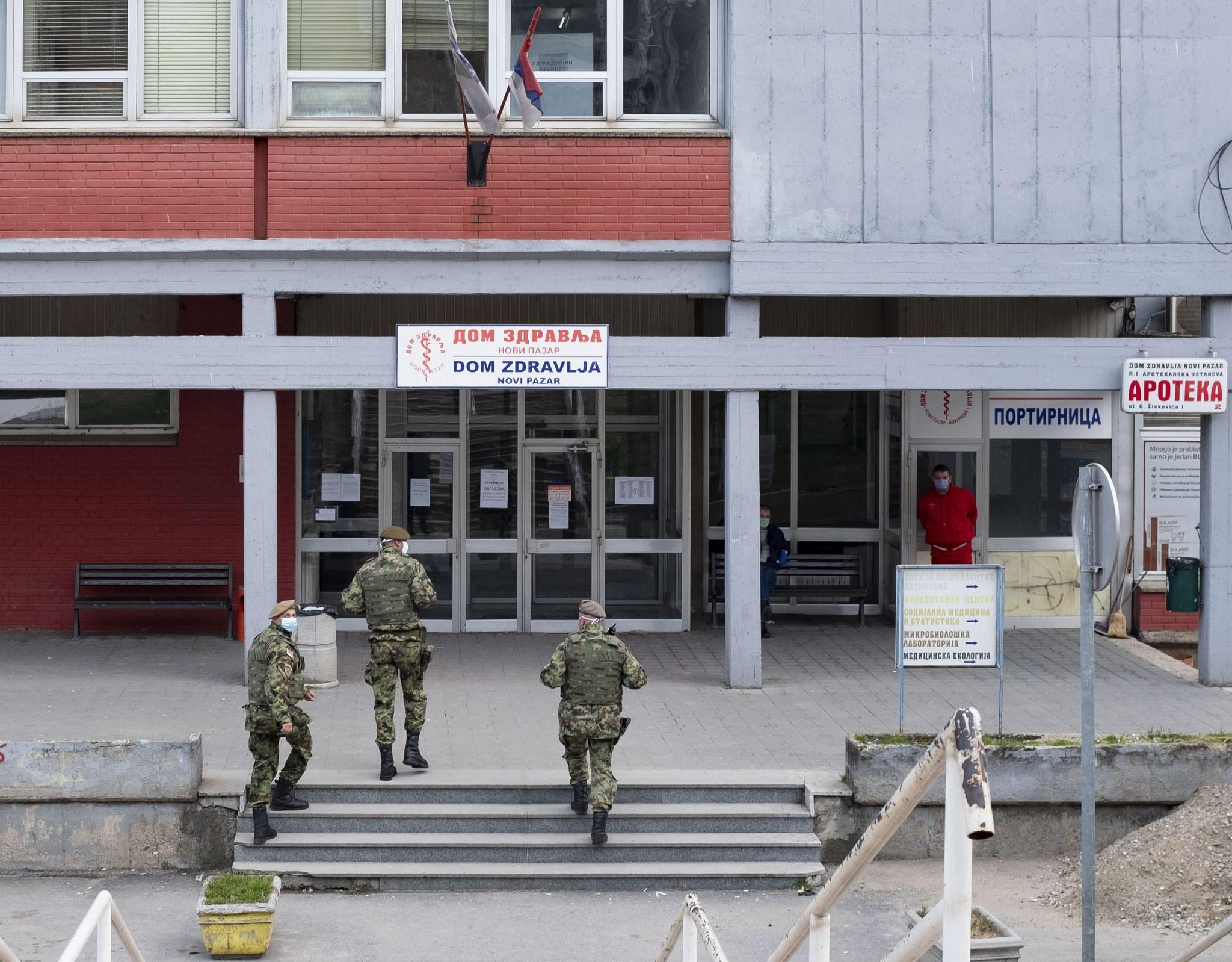 u-opstoj-bolnici-u-novom-pazaru-zarazeno-60-lekara-i-sestara