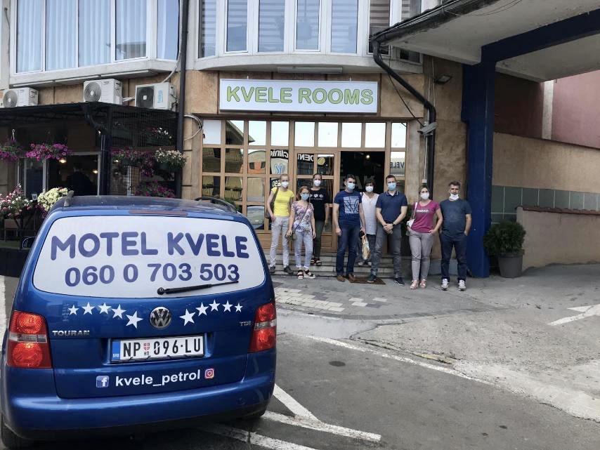 """solidarnost-pazarca-nauk-za-celu-srbiju:-motel-""""kvele""""-besplatno-ugostio-medicinare"""