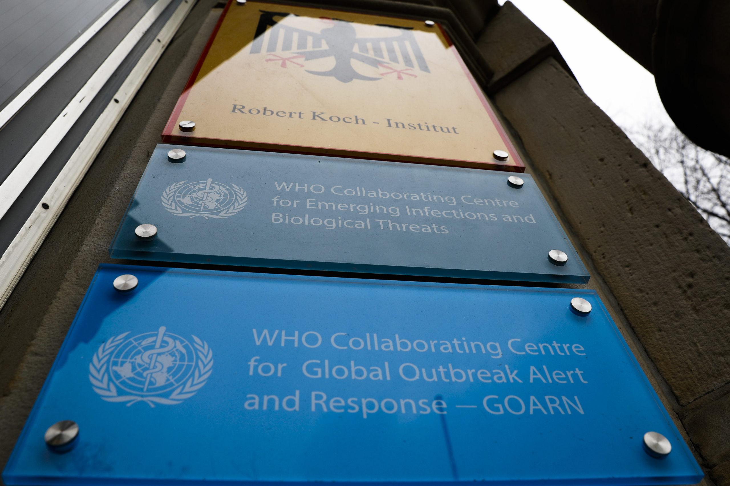 rajan:-napredak-u-razvoju-vakcina,-ali-upotreba-tek-2021.
