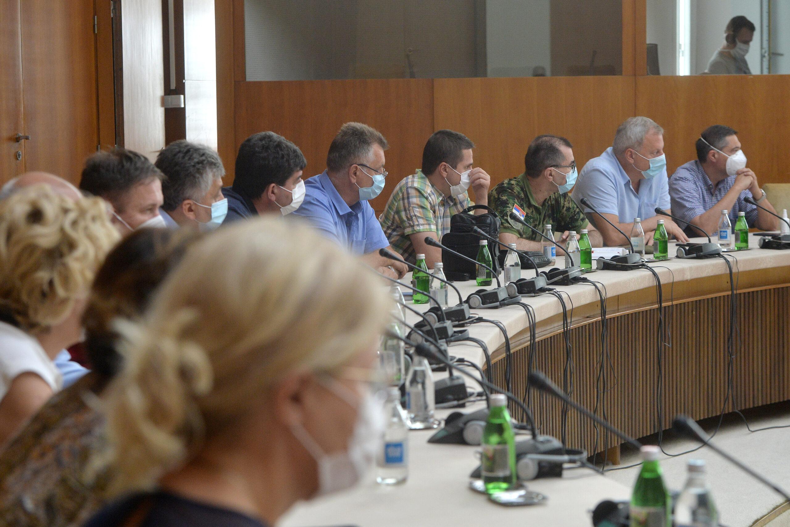 -u-srbiji-pet-osoba-preminulo-od-virusa-korona-u-poslednja-24-sata,-novozarazenih-238