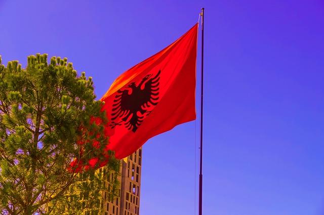 albanija:-na-koronu-pozitivno-jos-124,-preminulo-troje