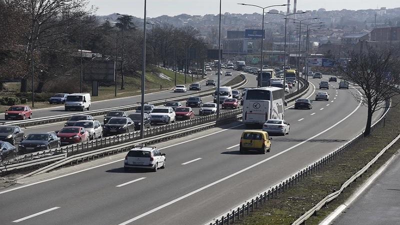 amss:-povecan-broj-vozila-na-putevima