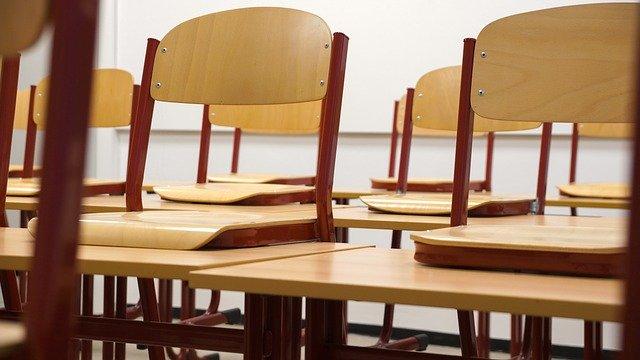 u-skolama-u-srbiji-zarazeno-98-ucenika