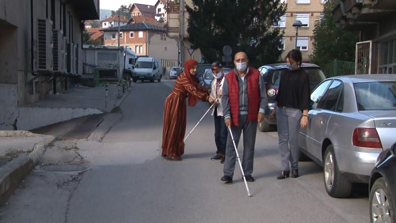 zdravim-ocima-ne-vidimo-probleme-slepih