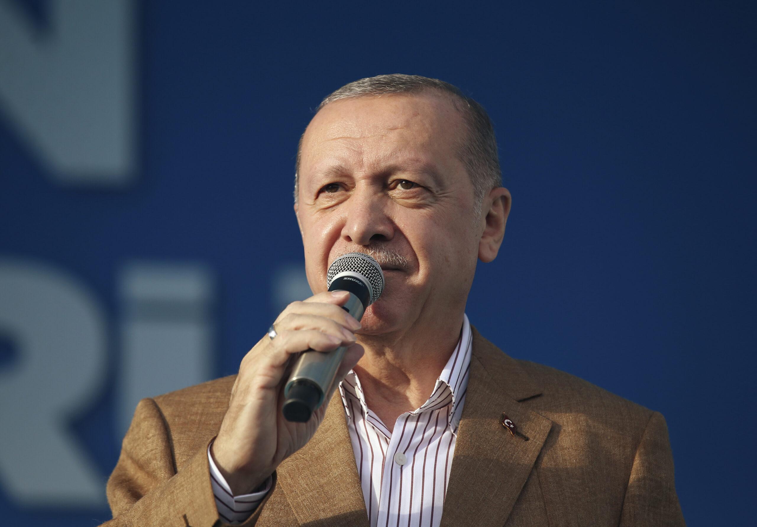 erdogan-turcima:-ne-kupujte-francusku-robu