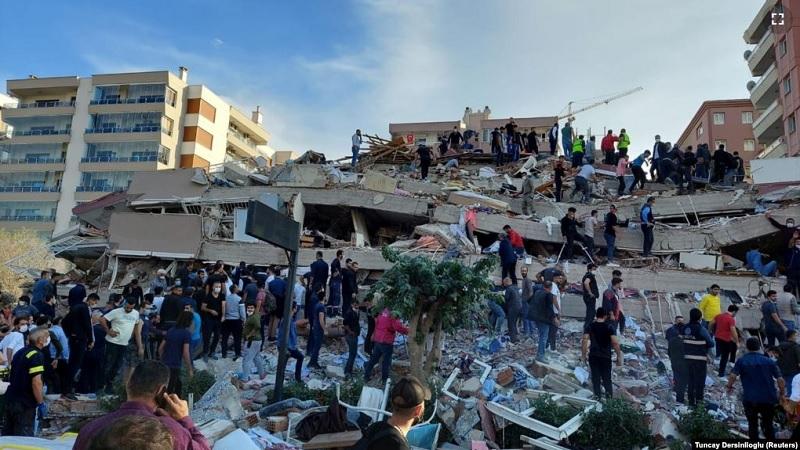 potraga-za-prezivelima-nakon-zemljotresa-koji-je-pogodio-tursku-i-grcku