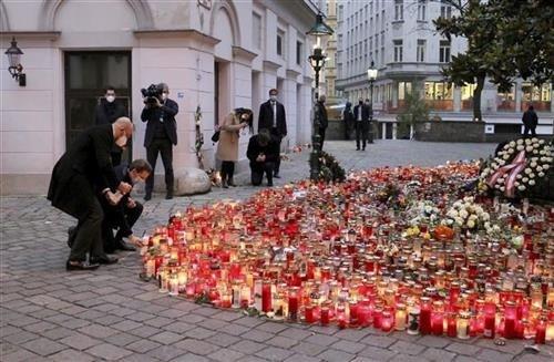 sagovornici-indeksonline-o-uzrocima-i-posledicama-teroristickog-napada-u-austriji
