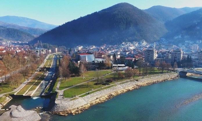 u-zlatiborskom-okrugu-za-24-casa-jos-90-pozitivnih-na-virus