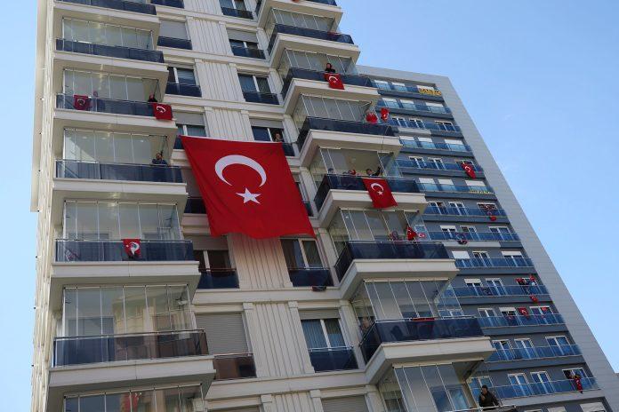 turska:-broj-smrtnih-slucajeva-na-nivou-iz-aprila
