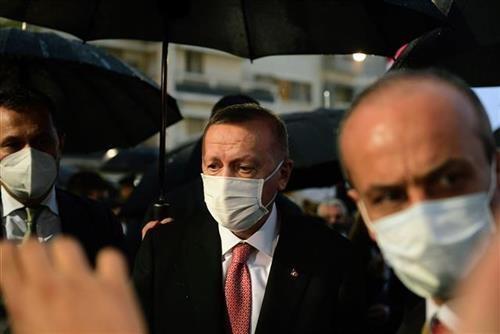 erdogan-najavio-delimicno-zatvaranje-turske