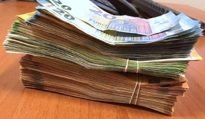kod-vozaca-kamiona-pronadjeno-30.000-evra