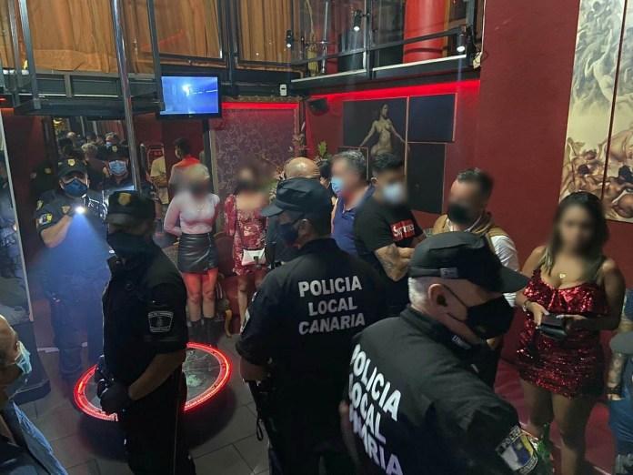fudbaleri-uhapseni-u-nocnom-klubu:-prostitutke-i-droga-svuda-oko-njih