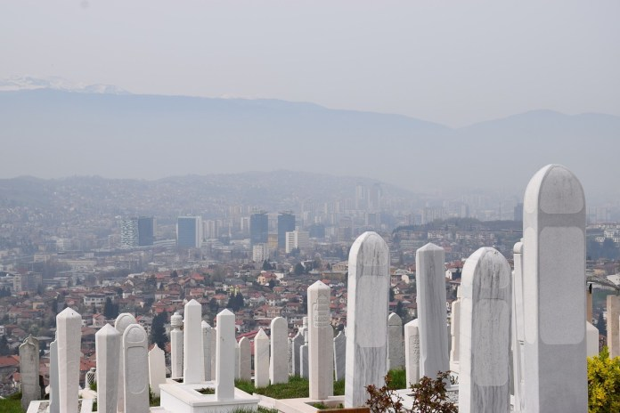 u-bosni-i-hercegovini-34-smrtna-slucaja-i-1.589-novozarazenih