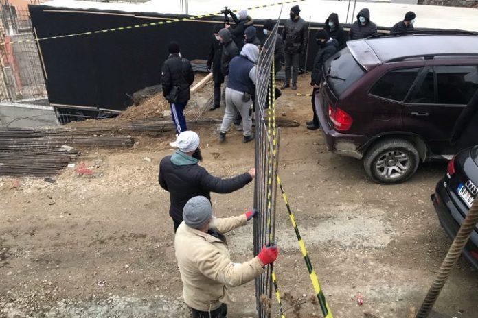 nova.rs:-ljudi-bliski-muameru-zukorlicu-zaposeli-gradiliste