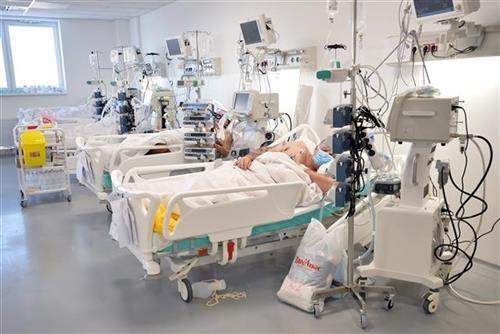 u-srbiji-manje-od-4.000-novozarazenih,-49-osoba-preminulo