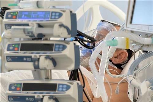 u-srbiji-jos-2.559-obolelo-od-korone,-preminula-43-pacijenta