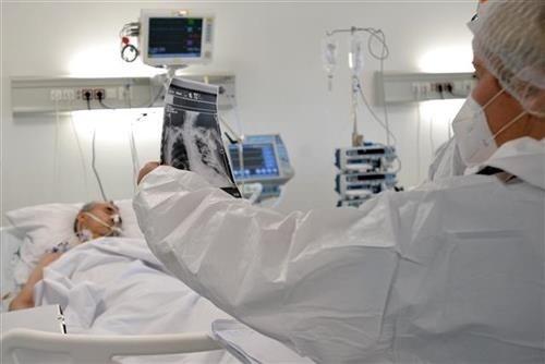 u-srbiji-danas-2.932-novozarazenih,-preminulo-48-osoba