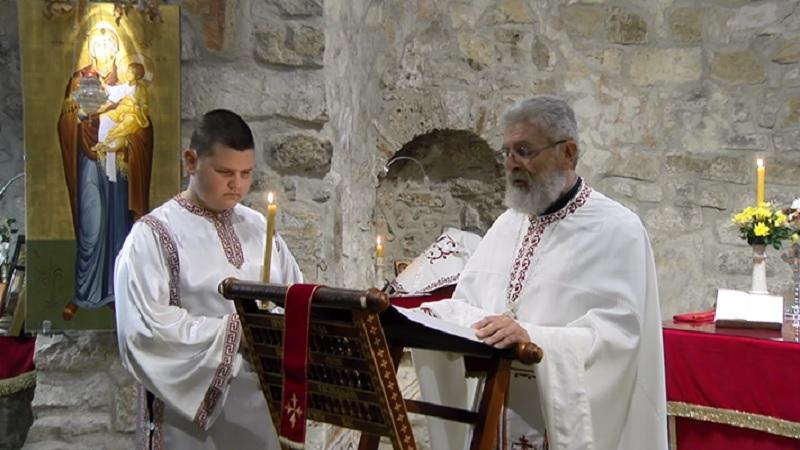 bozicna-liturgija-u-najstarijem-hramu-na-balkanu