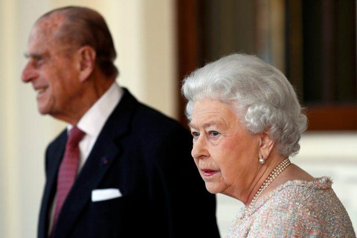kraljica-elizabeta-i-princ-filip-primili-vakcinu