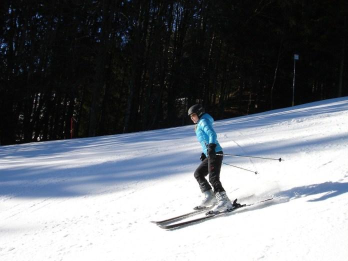 pocinje-skijanje-na-zlataru,-ski-pas-1.300-dinara