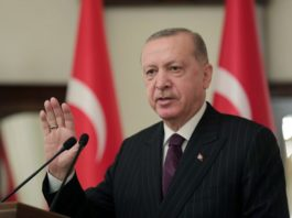 erdogan-danas-uzivo-prima-kinesku-vakcinu-protiv-korone