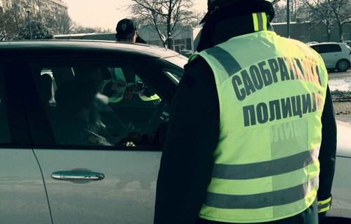 mup:-privedeno-vise-vozaca-zbog-nasilnicke-voznje