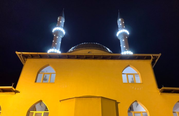 veceras-nastupa-odabrana-noc-za-muslimane-lejletu-r-regaib