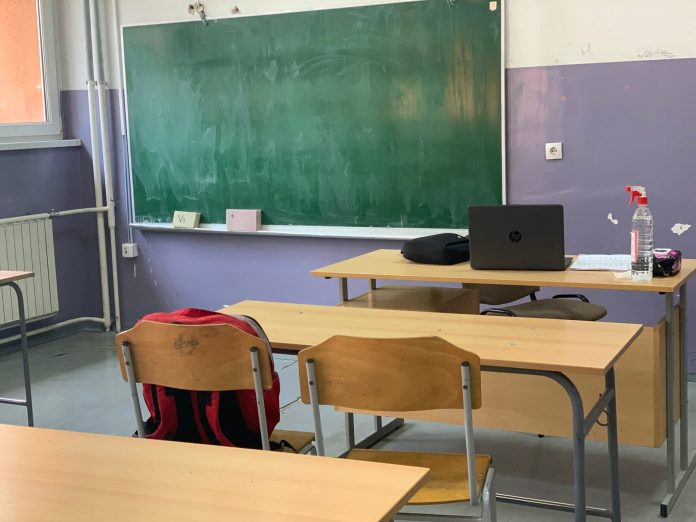 porast-broja-zarazenih-ucenika-i-nastavnika-korona-virusom