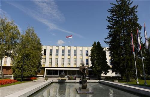 pogorsana-epidemioloska-situacija-u-republici-srpskoj,-najavljene-nove-mere