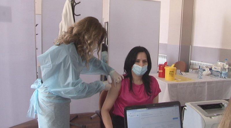semsovic-halilovic-primila-rusku-vakcinu-i-pozvala-sugradjane-da-se-vakcinisu