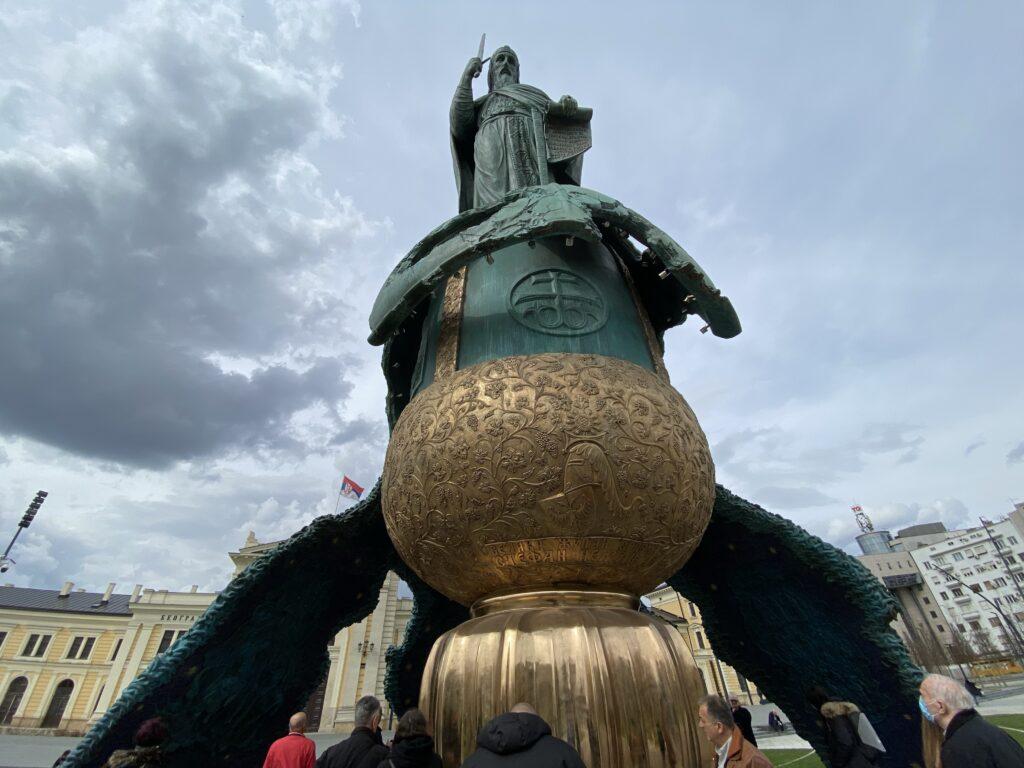ostecen-spomenik-stefanu-nemanji