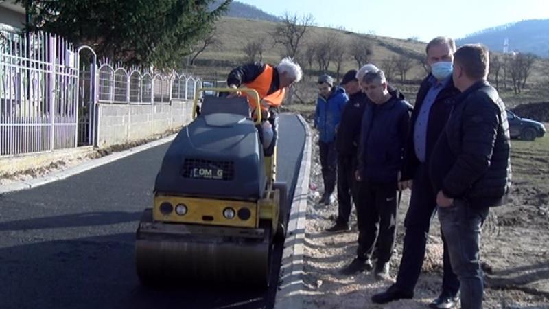 asfaltirani-krakovi-ulica-rudjera-boskovica-i-narodnog-fronta