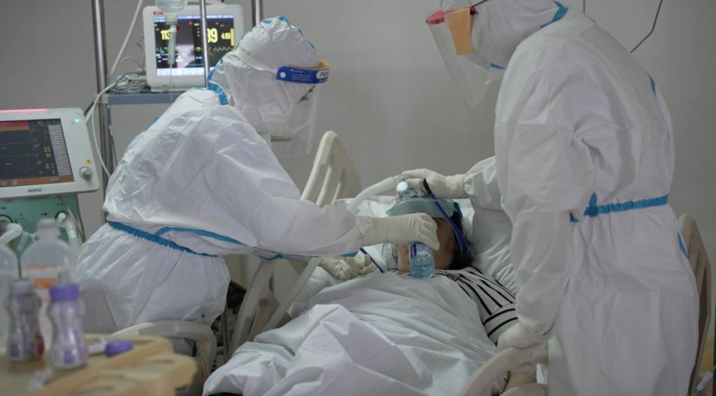 novi-pazar:-u-covid-ambulanti-preko-250-pregleda-dnevno,-preminuo-jedan-pacijent