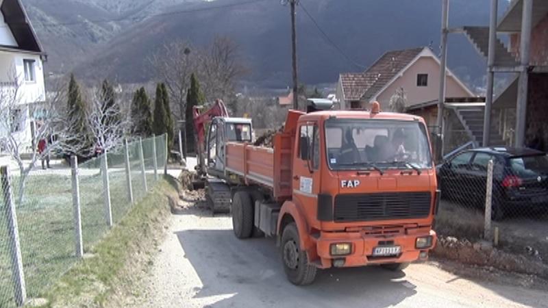 pripremni-radovi-za-asfalt-u-uzickoj-ulici