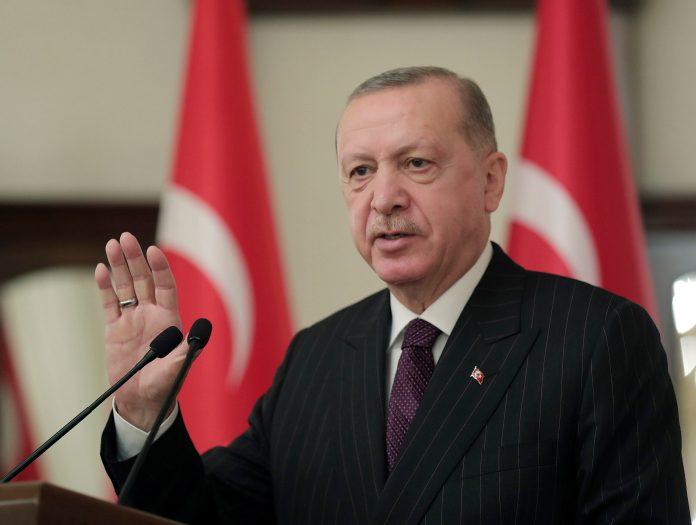 erdogan-potpuno-zatvorio-tursku