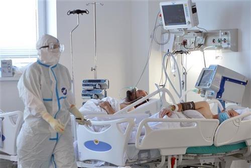 u-srbiji-jos-376-novoobolelih,-preminulo-11-osoba