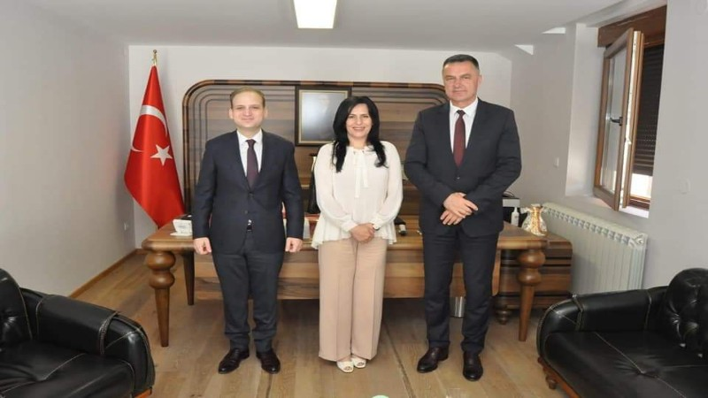 gradski-zvanicnici-u-poseti-turskom-konzulatu