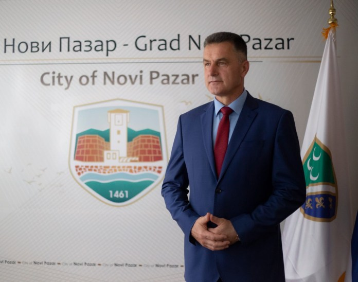 bisevac-cestitao-11.-maj,-dana-bosnjacke-nacionalne-zastave