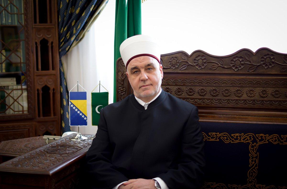 kavazovic-osudio-napad-na-al-aksu:-skrnavljenje-svetosti-dzamije-i-uznemiravanje-vjernika-neprihvatljivo