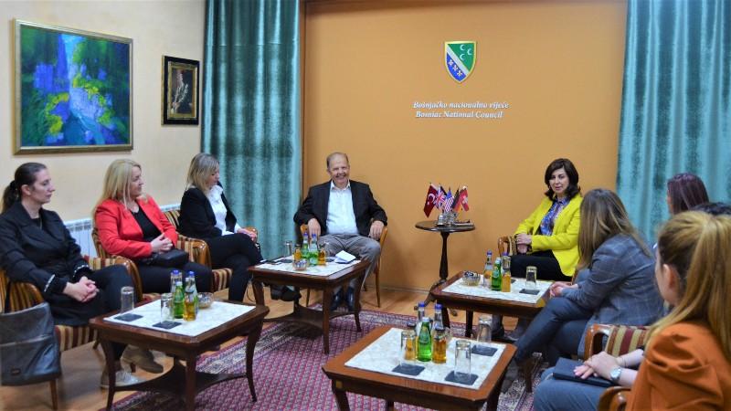 bnv-posetila-delegacija-novopazarske-skolske-uprave