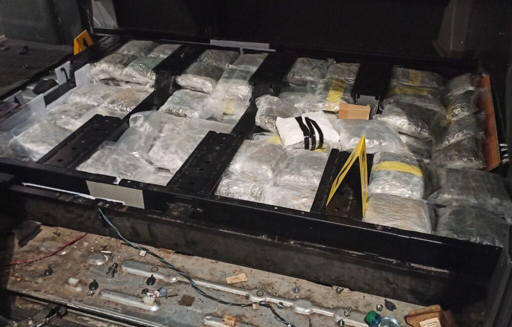 na-gp-batrovci-uhapsen-muskarac-sa-41-kilogram-marihuane-(foto+video)