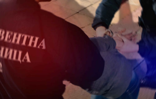 uhapsene-tri-osobe!-terali-maloletnicu-na-pruzanje-seksualnih-usluga