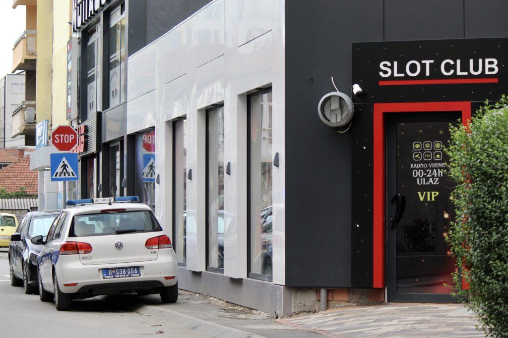 radom-na-crno-zaradio-preko-milion-evra!-policija-traga-za-vlasnikom-nelegalnih-kladionica