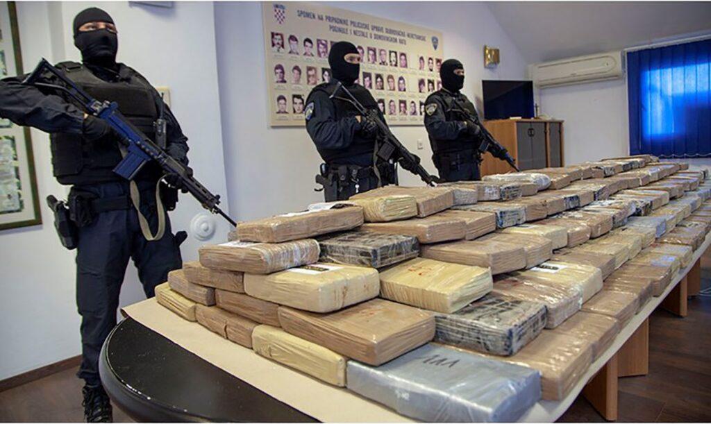 crnogorskom-klanu-zaplenili-800-kilograma-kokaina