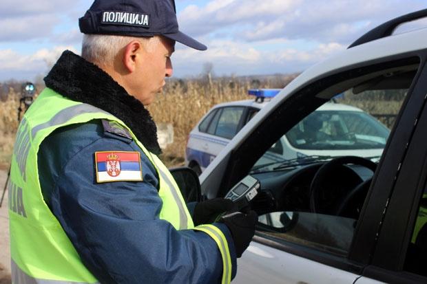 vozio-sa-3,77-promila-alkohola-u-krvi,-kazna-mesec-dana-zatvora-i-120.000-dinara