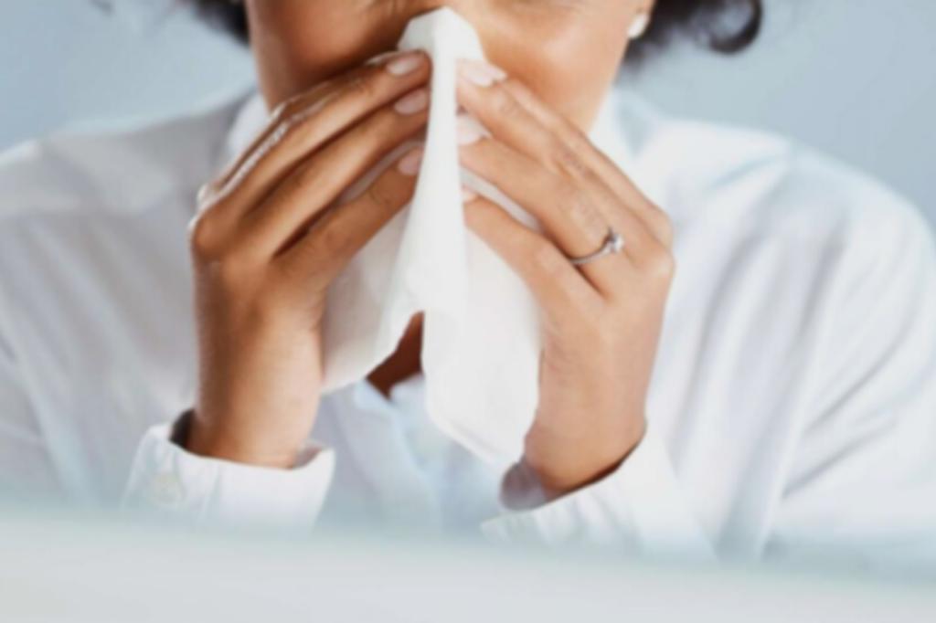 delta-soj-korone-izaziva-glavobolju-i-kijavicu